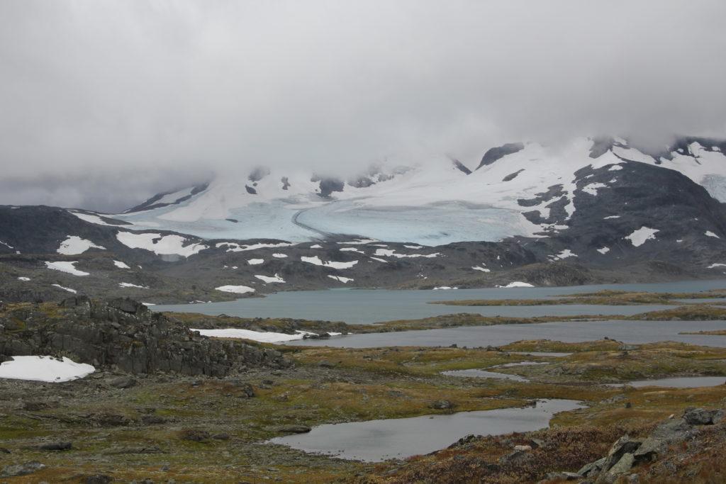 Kanske var det den här glaciären vi var uppe på när jag gick på Olympiaskolan för hundra år sedan?